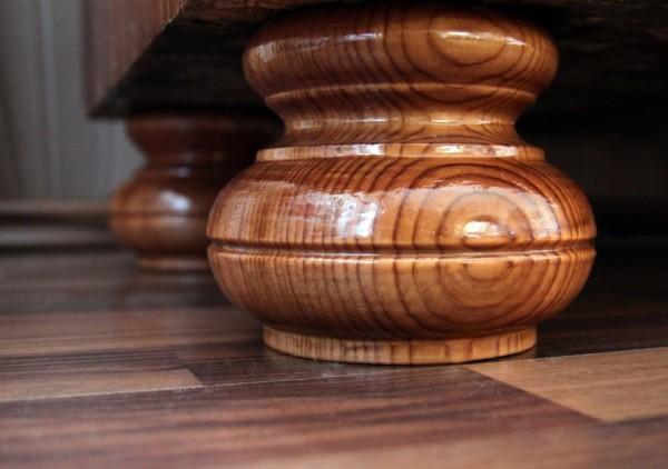 Holzfüße fertig